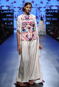white-embroidered-top-and-jacket-with-flared-pants