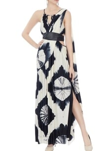 black-white-gown-with-sari-drape