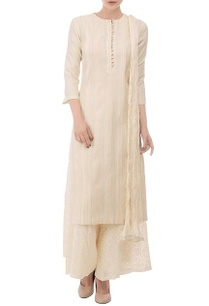 off-white-embroidered-kurta-set