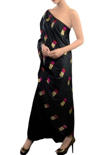 black-dhoti-pant-set-with-floral-motifs