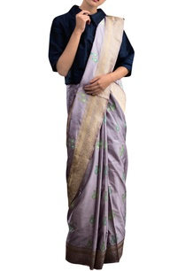 lavender-sari-with-motif-pattern