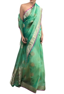 green-sari-with-zari-work