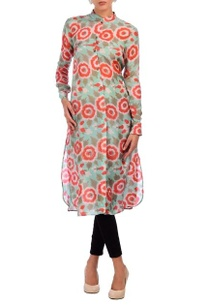 pista-green-red-rose-motif-printed-tunic
