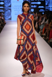 maroon-diamond-applique-asymmetrical-dress