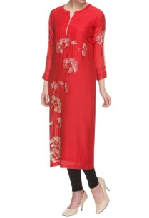 red-embroidered-kurta