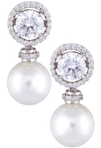silver-handcrafted-round-cut-swarovski-zirconia-pearl-earrings