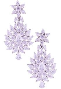 long-dangling-floral-pattern-earrings
