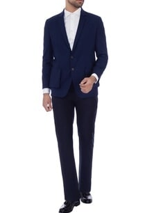 blue-classic-blazer-with-patch-pockets