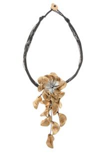 boho-style-biodegrabale-necklace