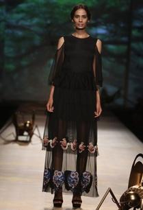 black%c2%a0squirrel-applique-tiered-cold-shoulder-dress