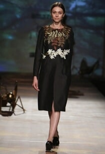 black-foliage-embroidered-coat