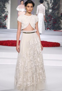 ivory-embroidered-lehenga-with-matching-blouse