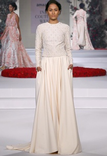 ivory-embroidered-blouse-with-flared-trousers