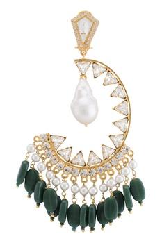 Pearls & crystals emerald earrings