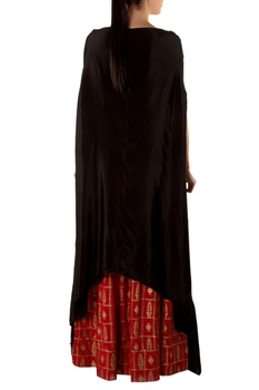 Red golden grid maxi skirt & black cape