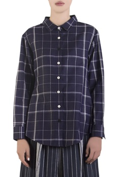 Blue check shirt with tie-up drawstrings
