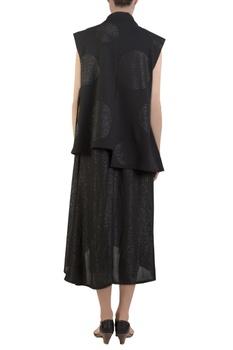 Black sleeveless kimono jacket