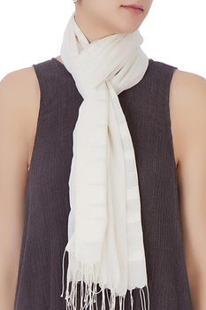 White hand-woven cotton scarf