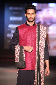 Black solid sherwani with dual-shade pure matka silk jacket, maroon silk churidar & printed dupatta