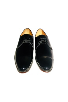 Black patent leather handcrafted derbs