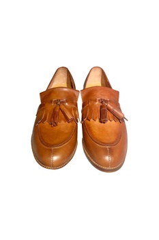 Tan leather handcrafted flapping shoes