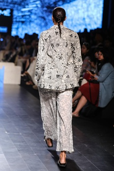 Ivory cotton tropical themed embroidered jacket