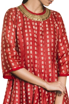Printed panelled kurta.