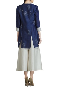 Chanderi front open jacket in sequin embroidery