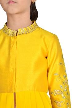 Cowl pleated embroidered kurta set.