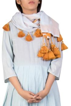 Tassel detail scarf