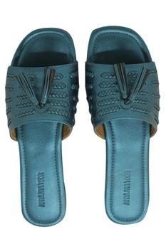Matte finish leatherette flat sandals