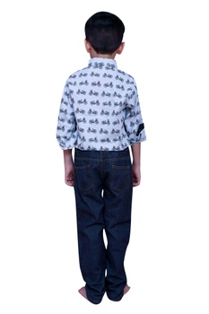 Printed shirt with button placket