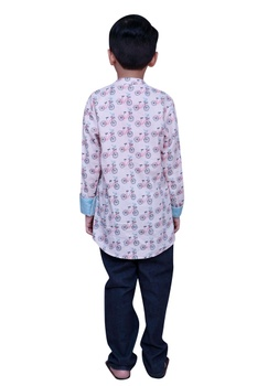 Printed short kurta with side button placket