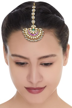 Gold plated maangtikka with fresh water pearls