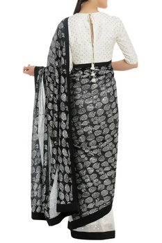 Dry pineapple stamp sari with polka dot blouse piece