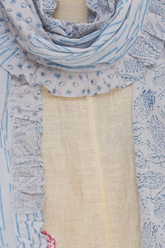 Block printed frilly stole