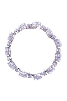 Handcrafted solitaire sleek bracelet