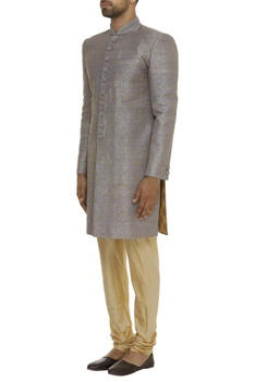 Zari Embroidered Sherwani Set