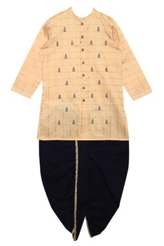 Thread embroidered kurta with dhoti pants