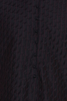 thread embroidered kurta