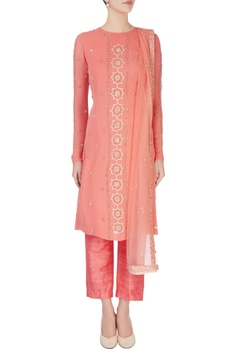 Pink embellished straight kurta set