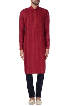 Maroon anchor embroidered kurta