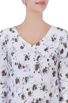 White cracker printed knit top