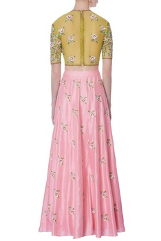 Rose pink lehenga & embroidered blouse with dupatta