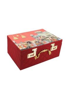 Red mevar mahal printed trunk