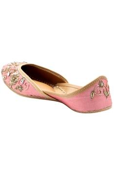 Pink zardozi embroidered jootis