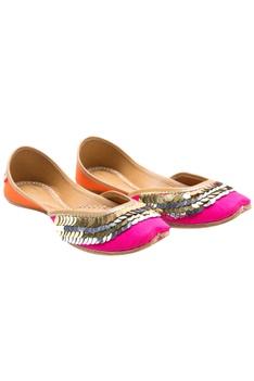 Pink sitara embellished jootis