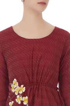 Burgundy kurta with floral resham embroidery