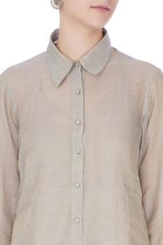 Icy blue tissue silk collar shirt