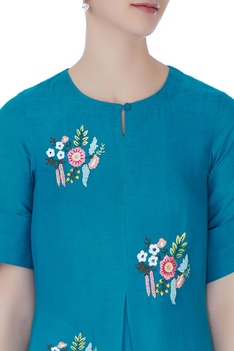 Blue floral boota hand embroidered kurta